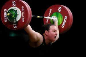 Le premier haltérophile transgenre aux prochains Jeux olympiques ne crée-t-il pas une discrimination à l'égard des athlètes féminines ?