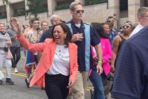 Kamala Harris, première vice-présidente en exercice des Etats-Unis à participer à une Gay Pride
