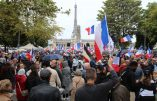 Paris toujours mobilisée contre le pass malgré la pluie